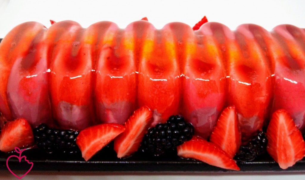 Fantasia di frutti rossi e cioccolato